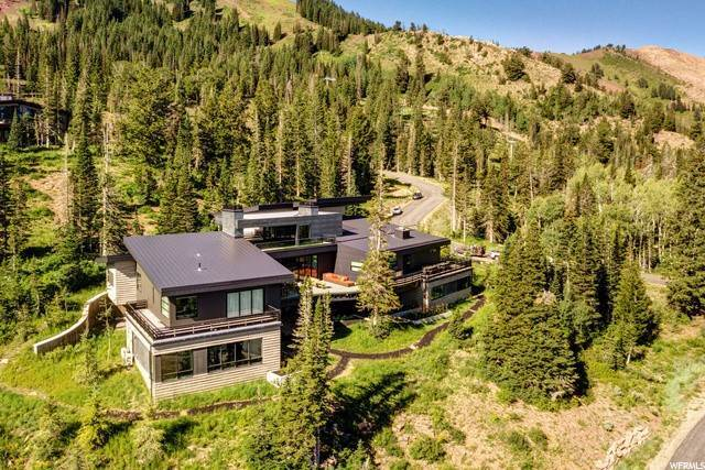 24. Single Family Homes for Sale at 143 WHITE PINE CANYON Road Park City, Utah 84060 United States