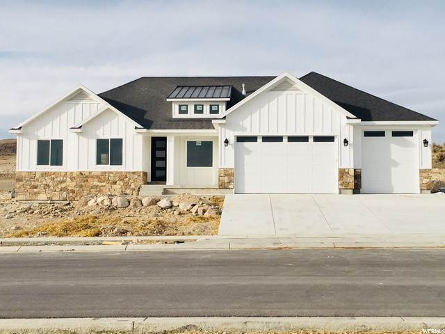 Single Family Homes pour l Vente à 9643 VANDE WAY Eagle Mountain, Utah 84043 États-Unis