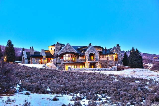 17. Single Family Homes for Sale at 8066 NORTH RED FOX Court Park City, Utah 84098 United States