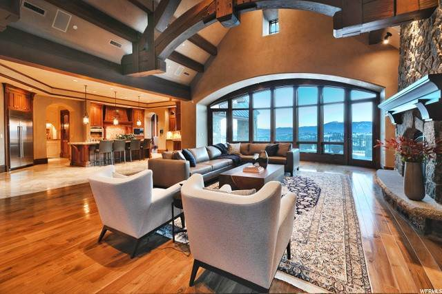 4. Single Family Homes for Sale at 8066 NORTH RED FOX Court Park City, Utah 84098 United States