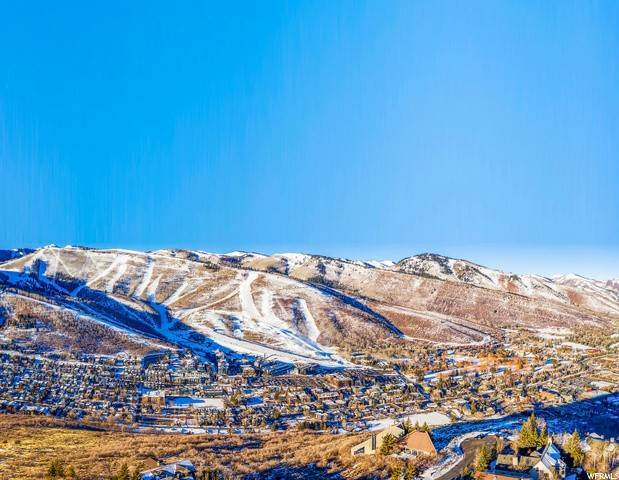 9. Single Family Homes for Sale at 1360 GOLDEN WAY Park City, Utah 84060 United States