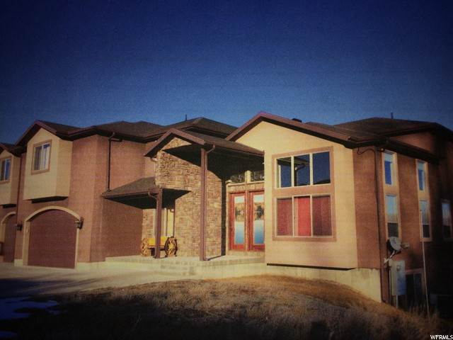 Single Family Homes para Venda às 1020 SNOWMEADOWS Drive Garden City, Utah 84028 Estados Unidos
