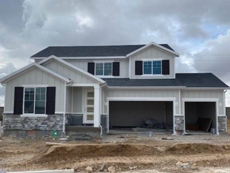 Single Family Homes pour l Vente à 7025 LARGO VISTA Drive West Valley City, Utah 84081 États-Unis