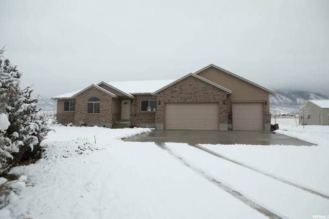 Single Family Homes для того Продажа на 1842 MOUNTAIN AIR Lane Tooele, Юта 84074 Соединенные Штаты