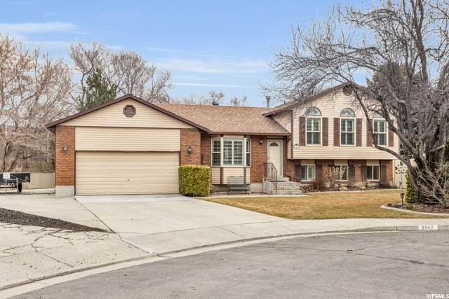 Single Family Homes voor Verkoop op 5547 HARVEY HEIGHTS Drive Taylorsville, Utah 84129 Verenigde Staten