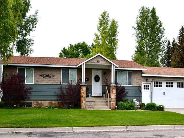 Single Family Homes para Venda às 450 CRYSTAL Drive Montpelier, Idaho 83254 Estados Unidos