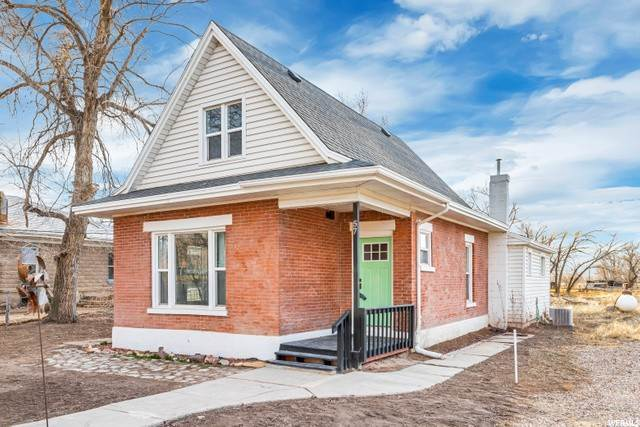 Single Family Homes pour l Vente à 57 CENTER Street Goshen, Utah 84633 États-Unis