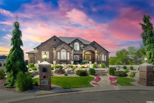 Single Family Homes voor Verkoop op 2260 2380 West Haven, Utah 84401 Verenigde Staten