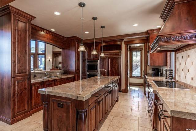 7. Single Family Homes for Sale at 3760 RISING STAR Lane Park City, Utah 84060 United States