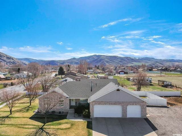 Single Family Homes vì Bán tại 702 MEADOW CREEK WAY Morgan, Utah 84050 Hoa Kỳ