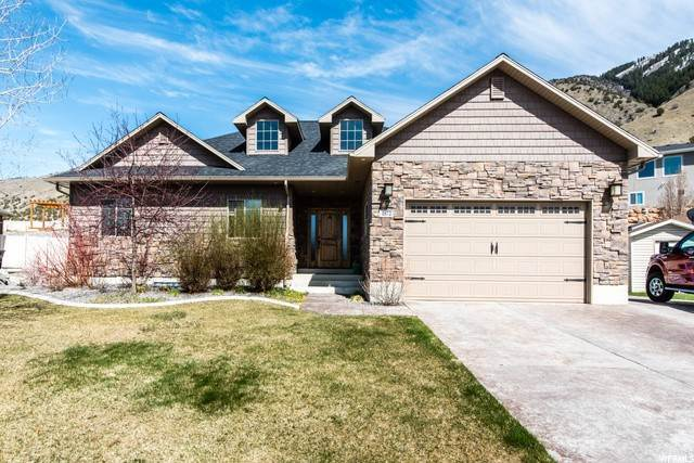 Single Family Homes per Vendita alle ore 1872 2050 North Logan, Utah 84341 Stati Uniti