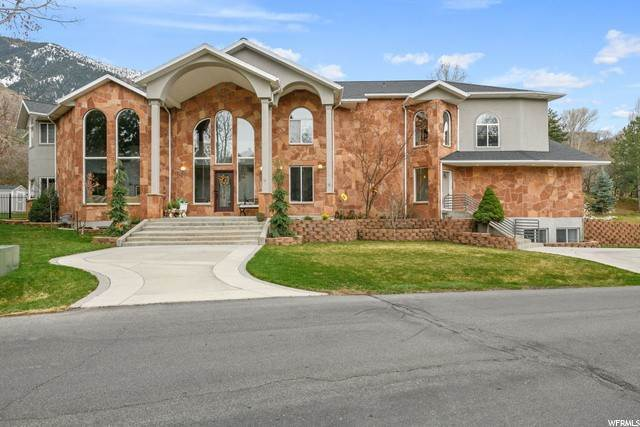 Single Family Homes for Sale at 35 LONE HOLLOW Drive Sandy, Utah 84092 United States