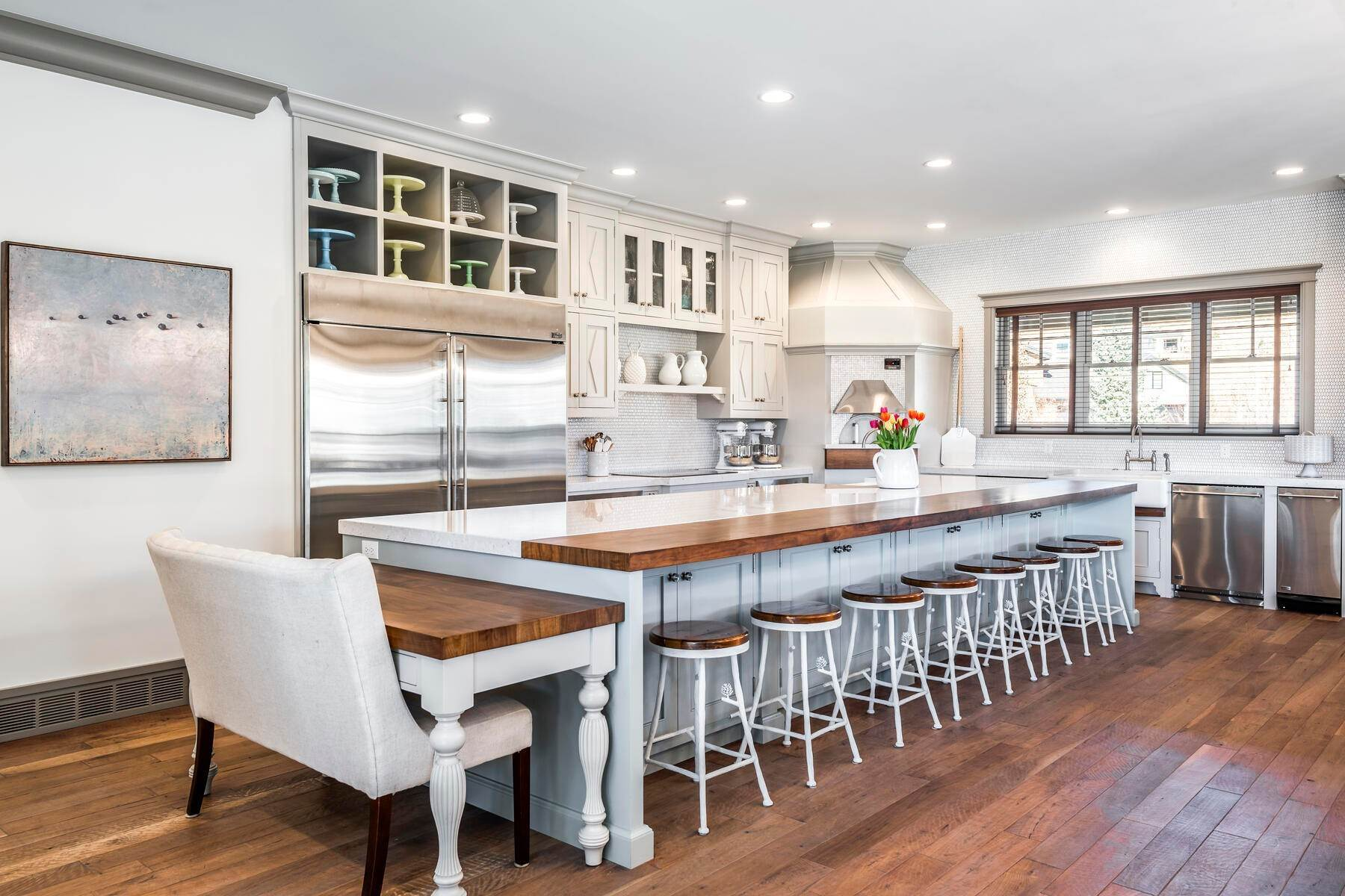 24. Single Family Homes for Sale at Picture-Perfect Contemporary Rustic Elegance on the Provo River 2370 N River Meadows Parkway Midway, Utah 84049 United States
