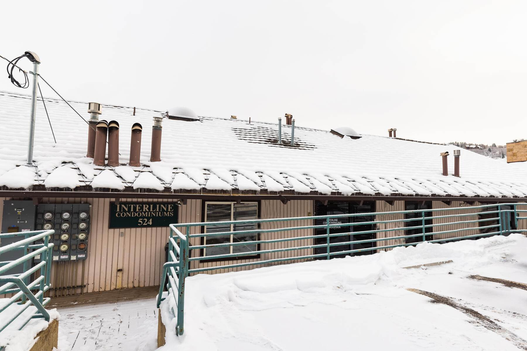 24. Condominiums for Sale at Interline Unit 2. Ultra Rare - Old Town, Park City Condo Just Steps to Skiing! 524 Woodside Ave #2 Park City, Utah 84060 United States
