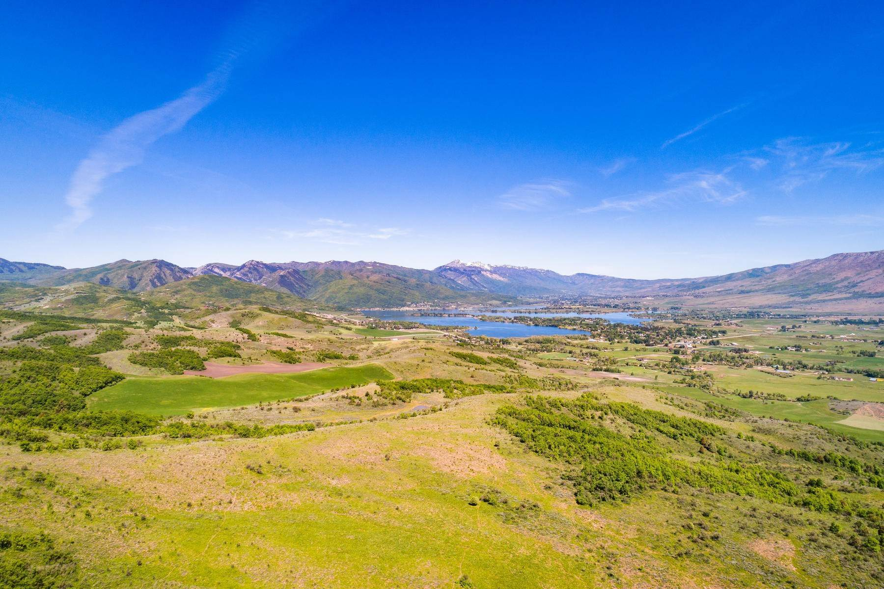 土地,用地 为 销售 在 Panoramic Views from 57 Acres A Top Ogden Valley 2313 S West Ridge Rd, Lot 6 亨茨维尔, 犹他州 84317 美国