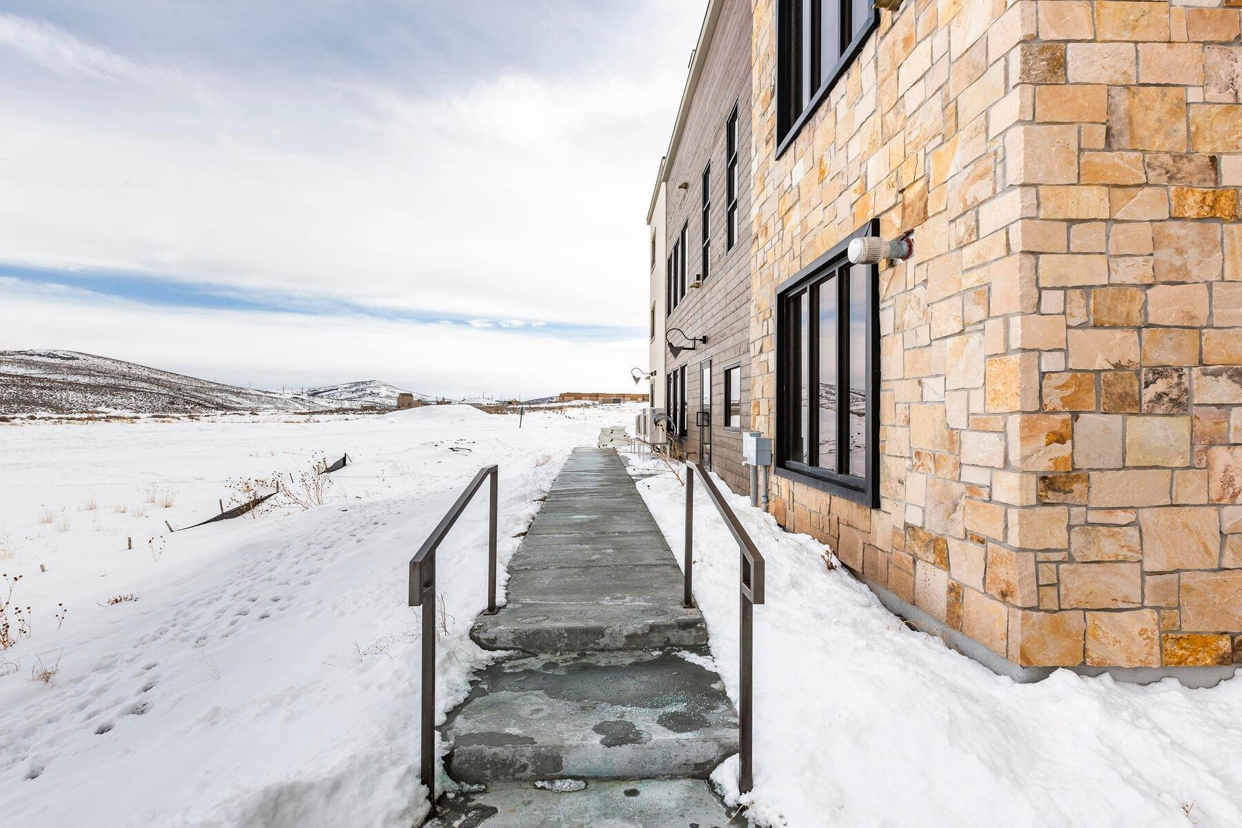17. Single Family Homes for Sale at Completed Park East II Work-Live Real Estate Offering 4554 Forestdale Drive, #C12 Park City, Utah 84098 United States