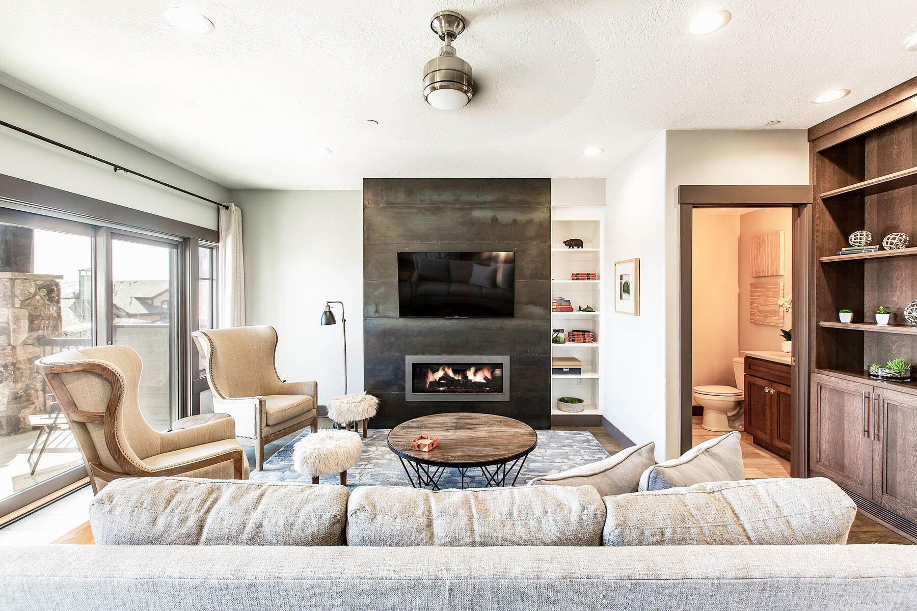 2. townhouses for Sale at Walk to Skiing from this Turn-Key Canyons Village Townhome 4221 Fairway Lane, D-4 Park City, Utah 84098 United States