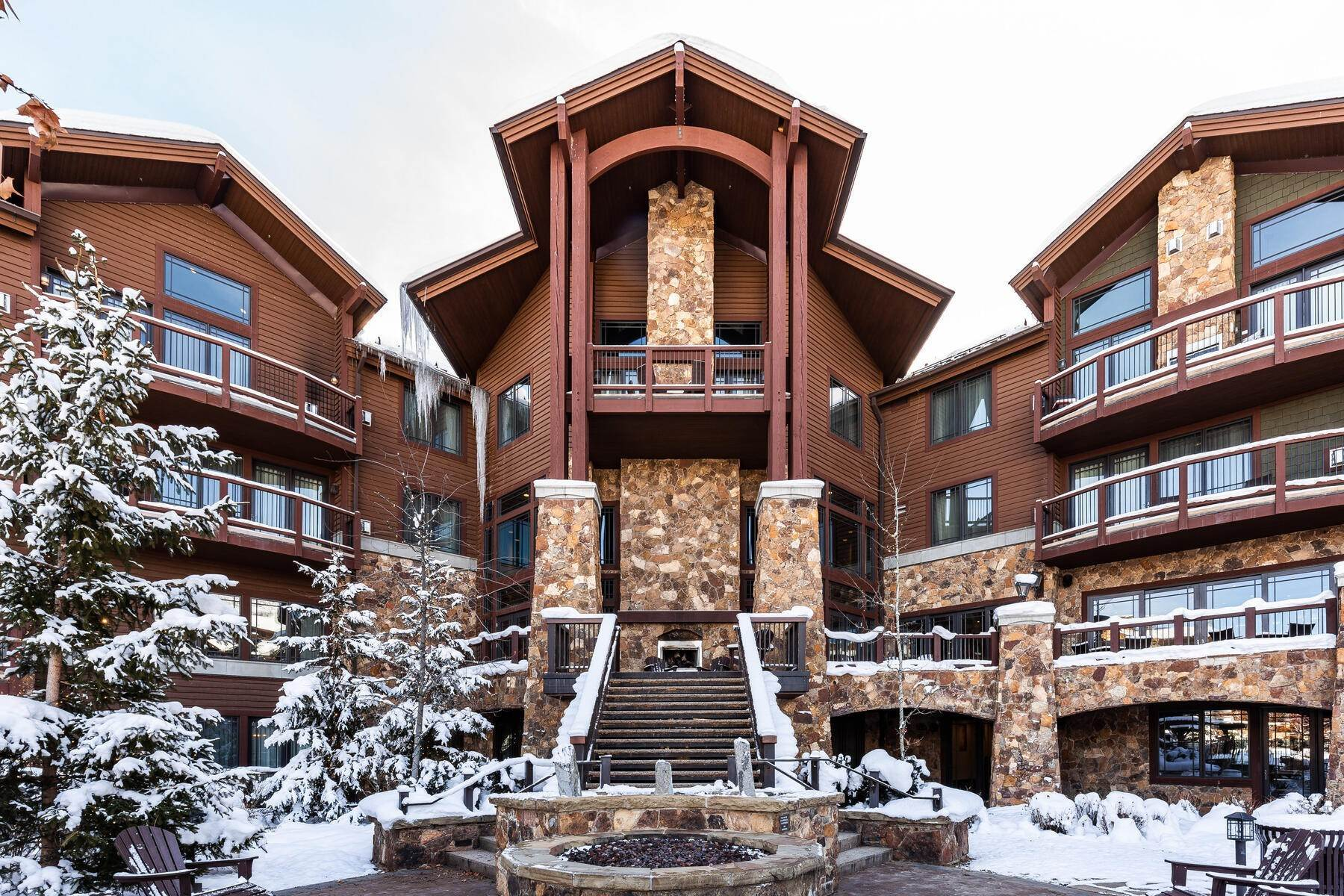 Condominiums for Sale at The Astoria Suite at Waldorf Astoria Park City 2100 W Frostwood Blvd #6137 Park City, Utah 84098 United States