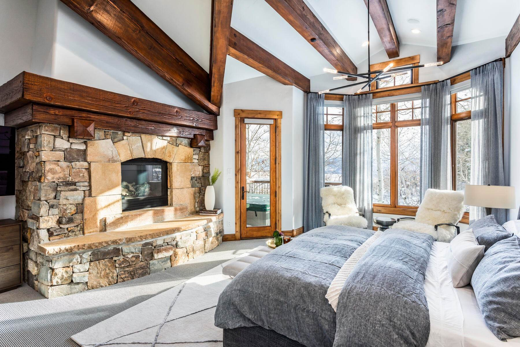 17. Single Family Homes for Sale at Sophisticated Masterpiece in Promontory 8340 N Promontory Ranch Rd Park City, Utah 84098 United States