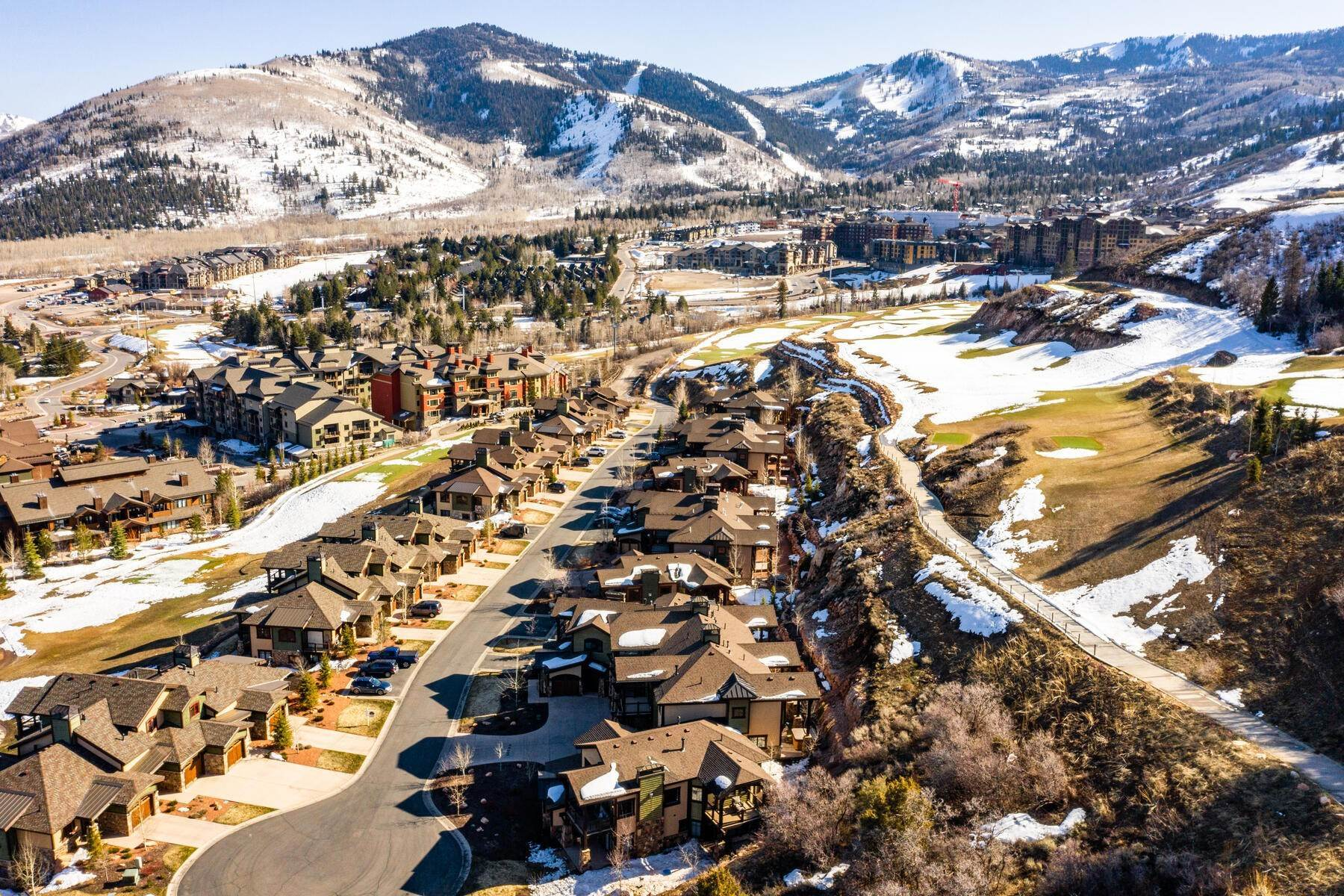 32. townhouses for Sale at Walk to Skiing from this Turn-Key Canyons Village Townhome 4221 Fairway Lane, D-4 Park City, Utah 84098 United States