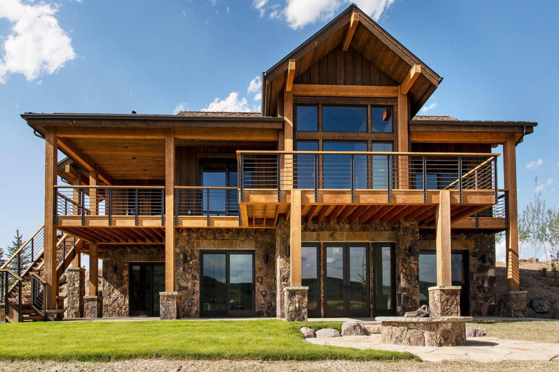 Single Family Homes for Sale at Expanded Juniper Cabin on 1.2 Acres at Victory Ranch! 6136 N High Plains Court #372A Heber City, Utah 84032 United States