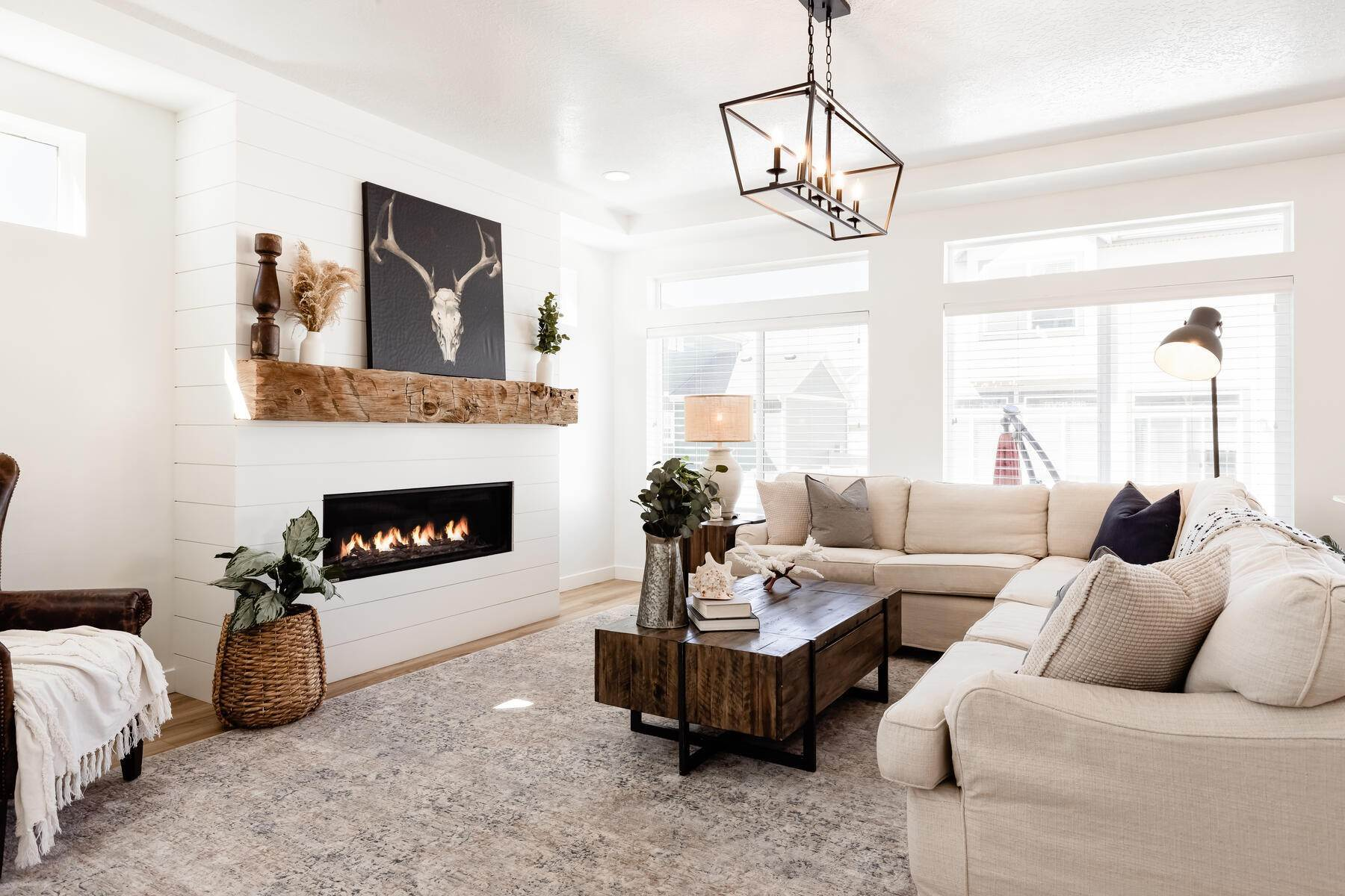 Single Family Homes for Sale at Immaculate Home in Heber with Open Concept Floor Plan 2162 South 150 East Heber, Utah 84032 United States