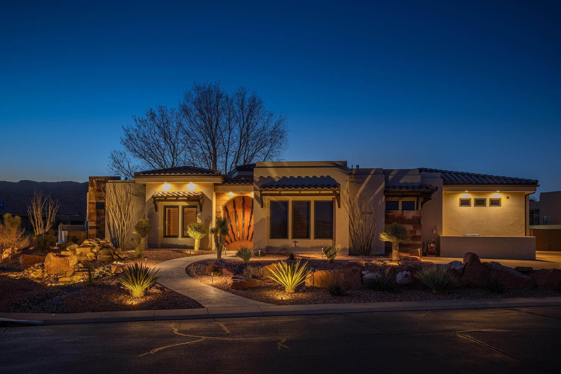 Single Family Homes for Sale at Rising Sun At The Ledges 2094 W Rising Sun Dr St. George, Utah 84770 United States