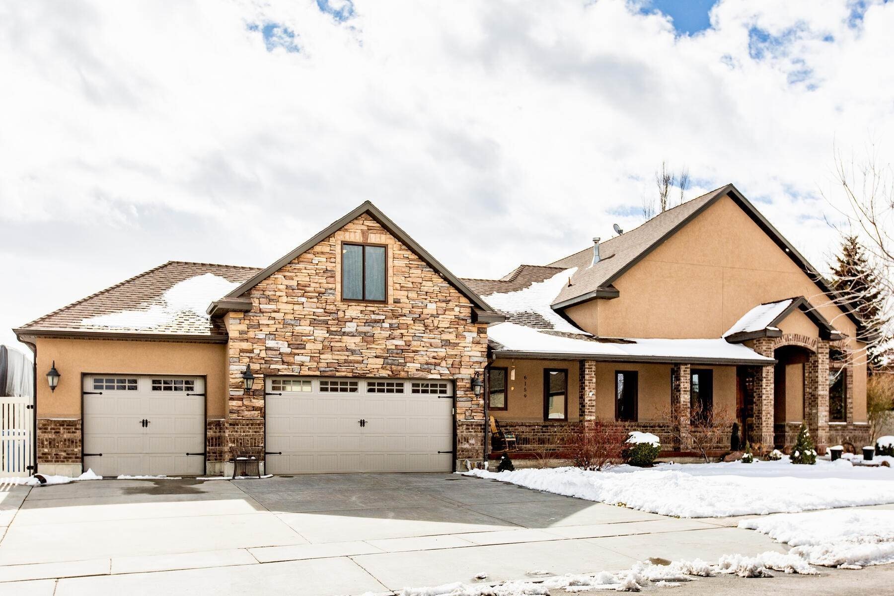 Single Family Homes for Sale at Quiet seclusion in Salt Lake County 6159 W Heritage Hill Drive Herriman, Utah 84096 United States