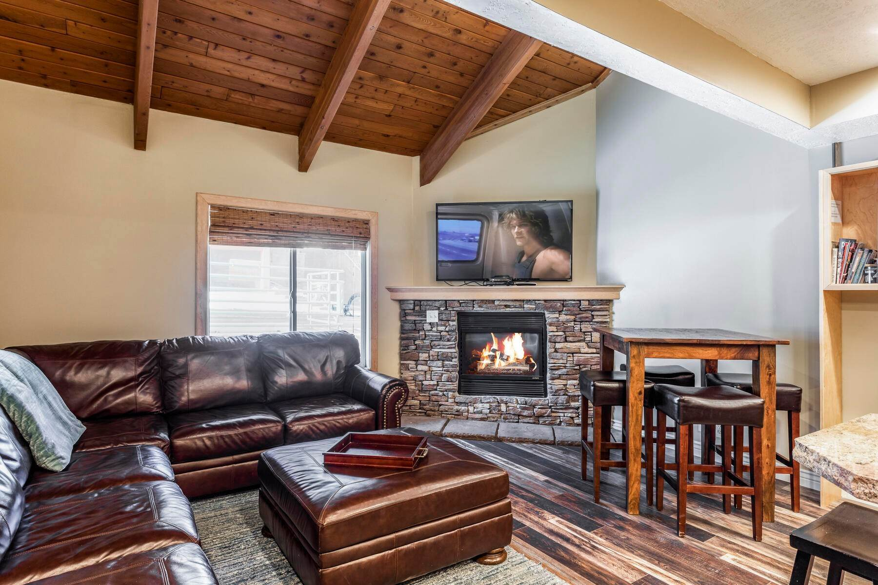 3. Condominiums for Sale at Interline Unit 2. Ultra Rare - Old Town, Park City Condo Just Steps to Skiing! 524 Woodside Ave #2 Park City, Utah 84060 United States