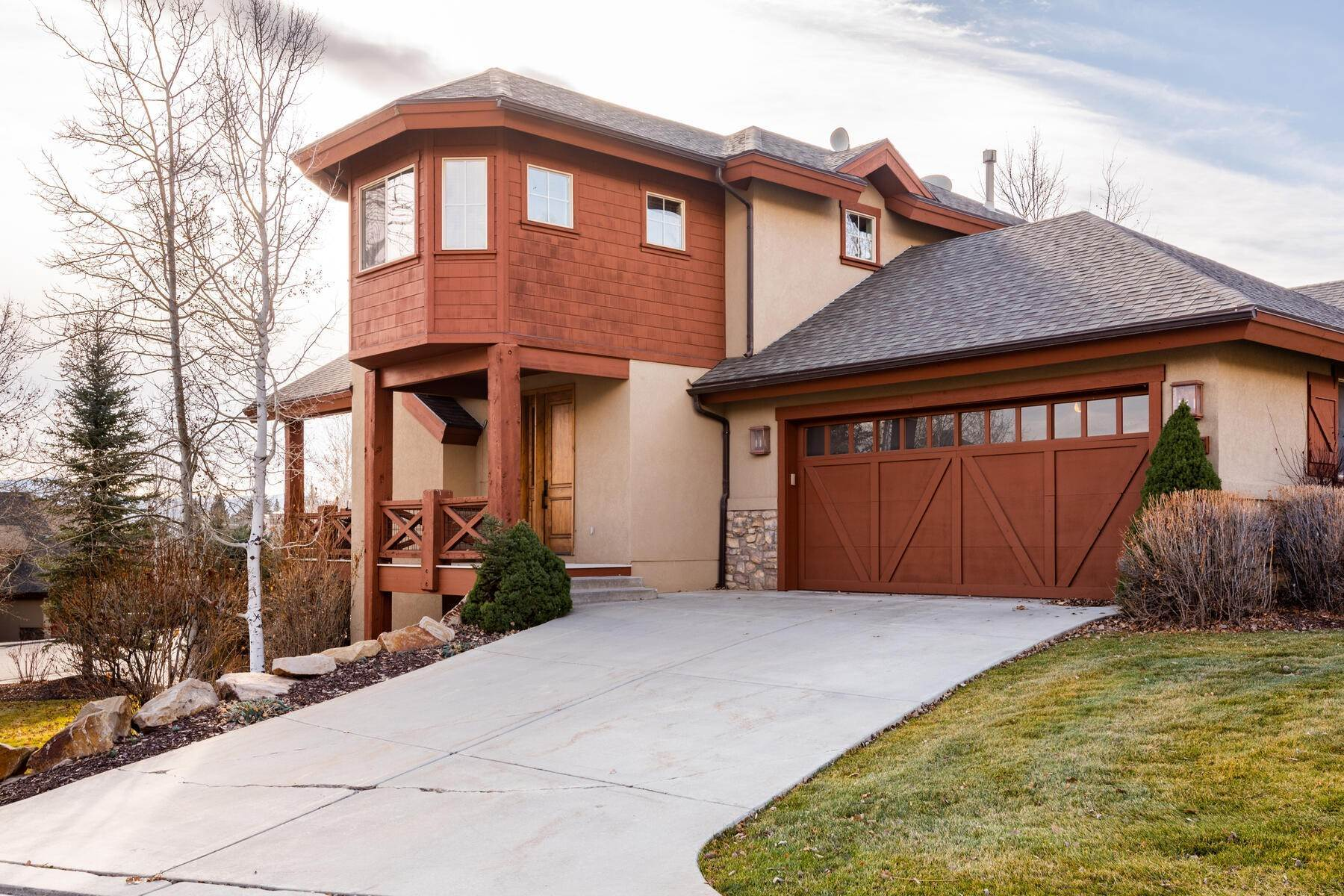2. Single Family Homes for Sale at Coveted Turnberry Home in Midway 1075 N Turnberry Court Midway, Utah 84049 United States