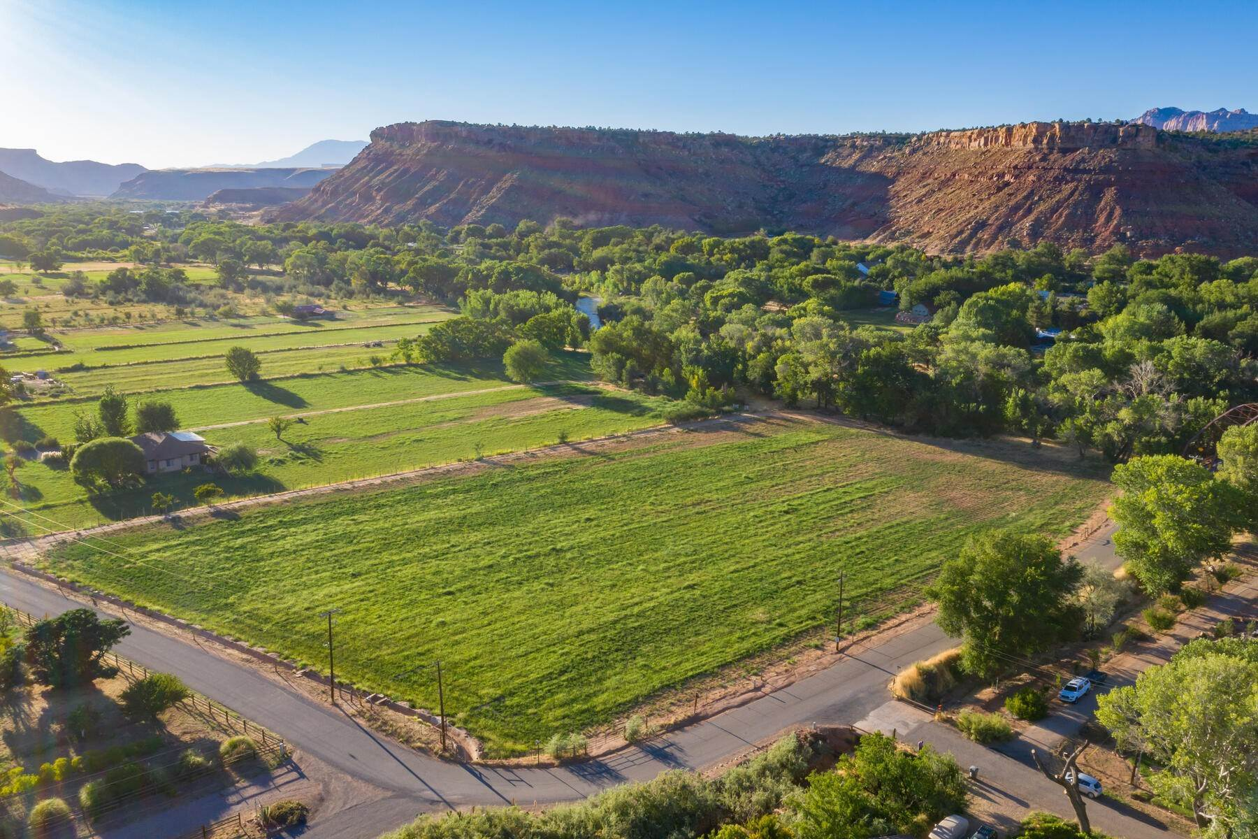 9. Land for Sale at 5+ Ac Field On The River In Rockville 250 So Bridge Road Rockville, Utah 84763 United States
