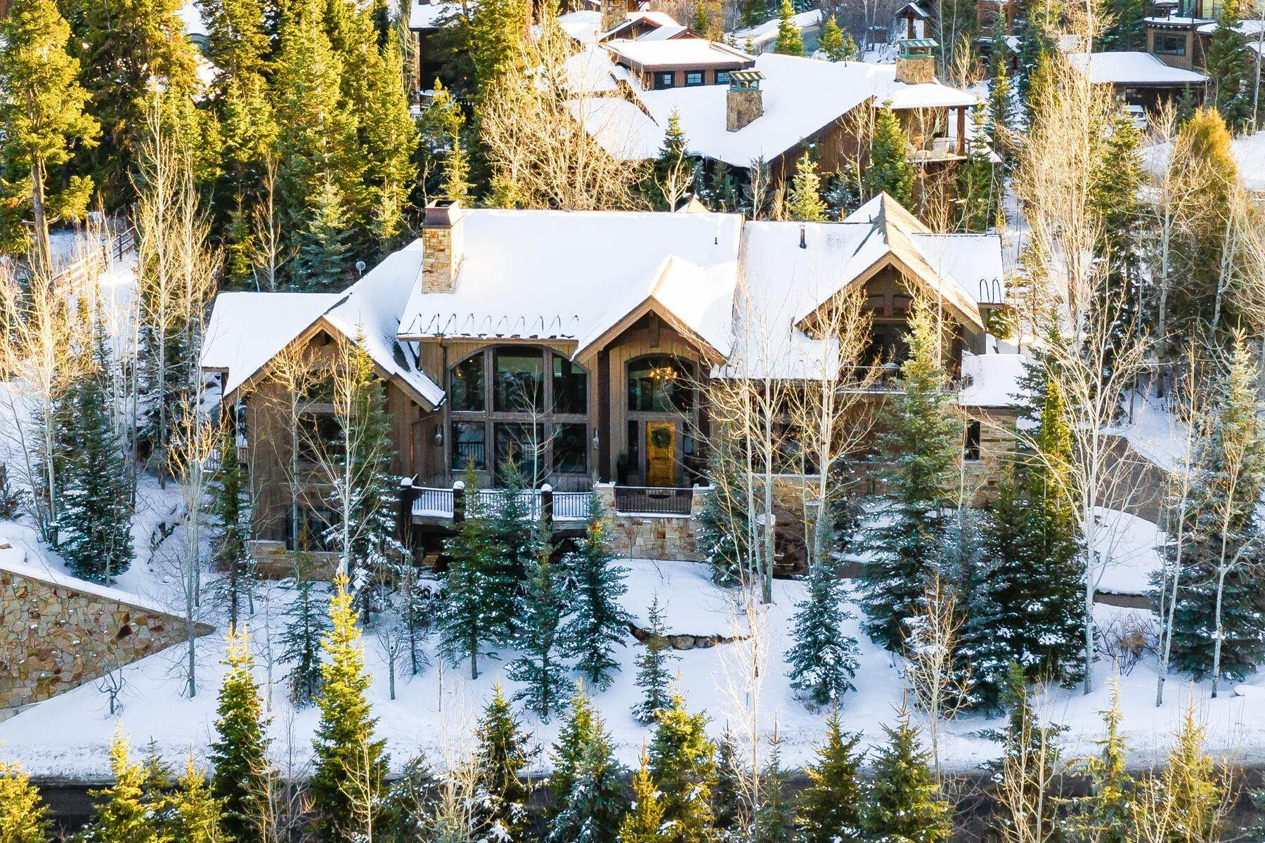 Single Family Homes for Sale at Ski-In Ski-Out Luxury Residence at Vail Canyons Gold Coast-Excellent Value 2325 W Red Pine Road Park City, Utah 84098 United States