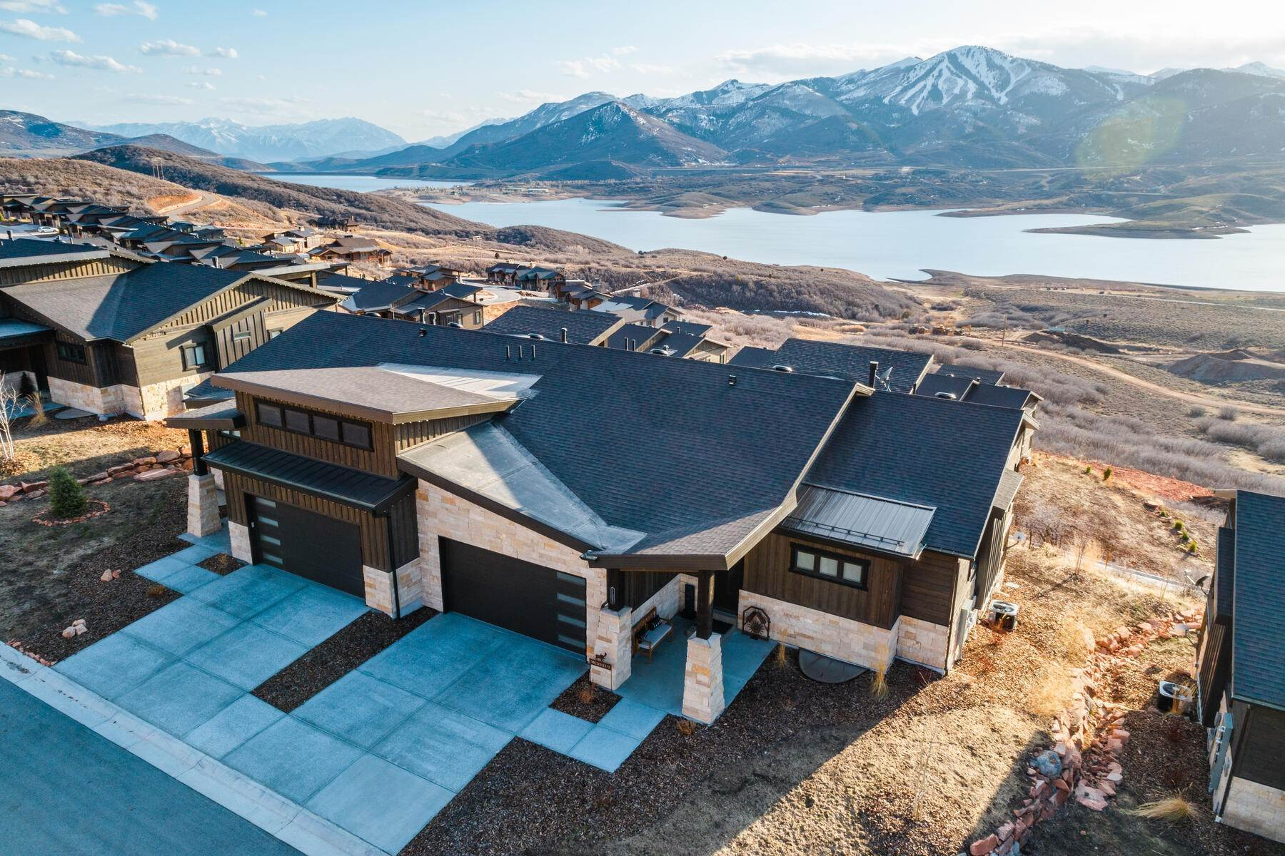 townhouses for Sale at If You Like Views, You're Going to Love This Shoreline Twin in Hideout 11365 N Shoreline Ct Hideout Canyon, Utah 84036 United States