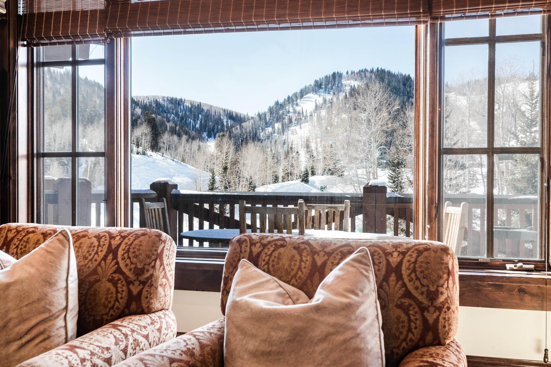 Condominiums for Sale at A Rare Slopeside Mountain Penthouse in Upper Deer Valley. 7560 Royal Street #8 Park City, Utah 84060 United States