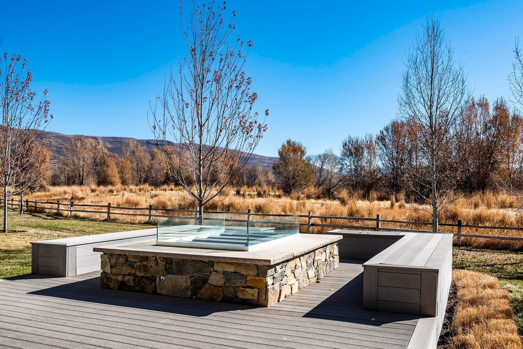 50. Single Family Homes for Sale at Picture-Perfect Contemporary Rustic Elegance on the Provo River 2370 N River Meadows Parkway Midway, Utah 84049 United States