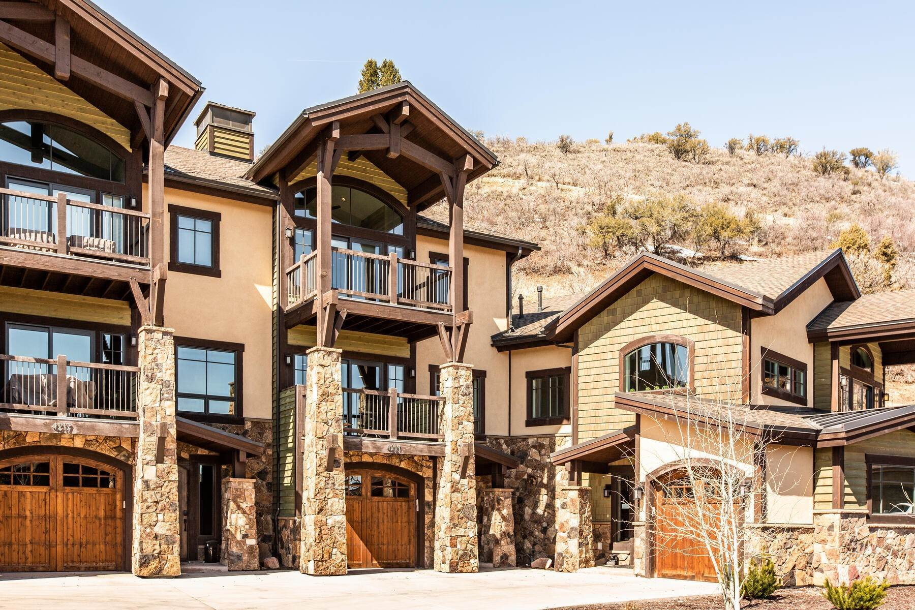 townhouses for Sale at Walk to Skiing from this Turn-Key Canyons Village Townhome 4221 Fairway Lane, D-4 Park City, Utah 84098 United States