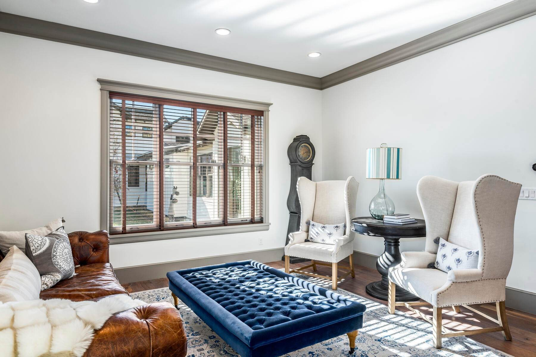27. Single Family Homes for Sale at Picture-Perfect Contemporary Rustic Elegance on the Provo River 2370 N River Meadows Parkway Midway, Utah 84049 United States