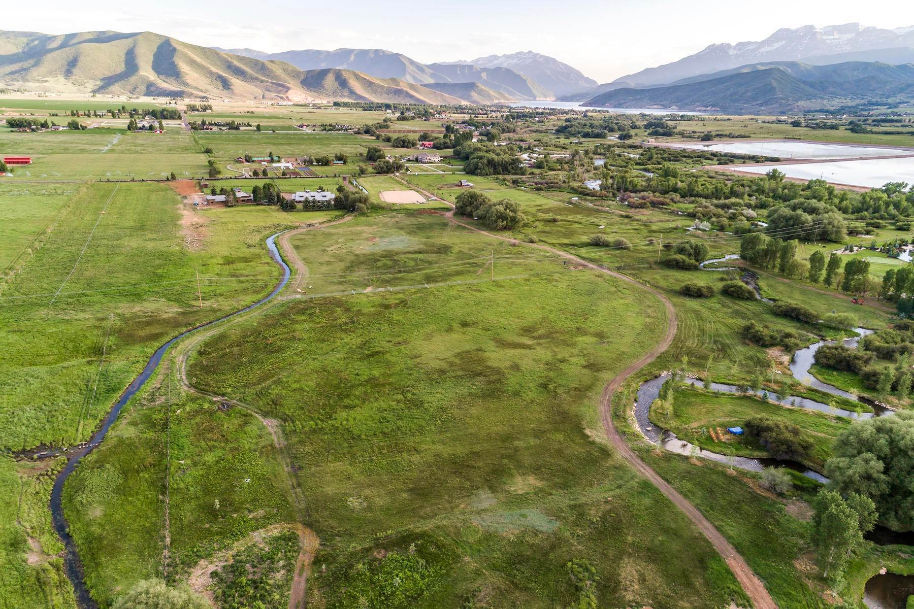 Terreno per Vendita alle ore Stunning Views of Mount Timpanogos on This Beautiful Building Lot 1500 W Midway Lane, #8 Heber, Utah 84032 Stati Uniti