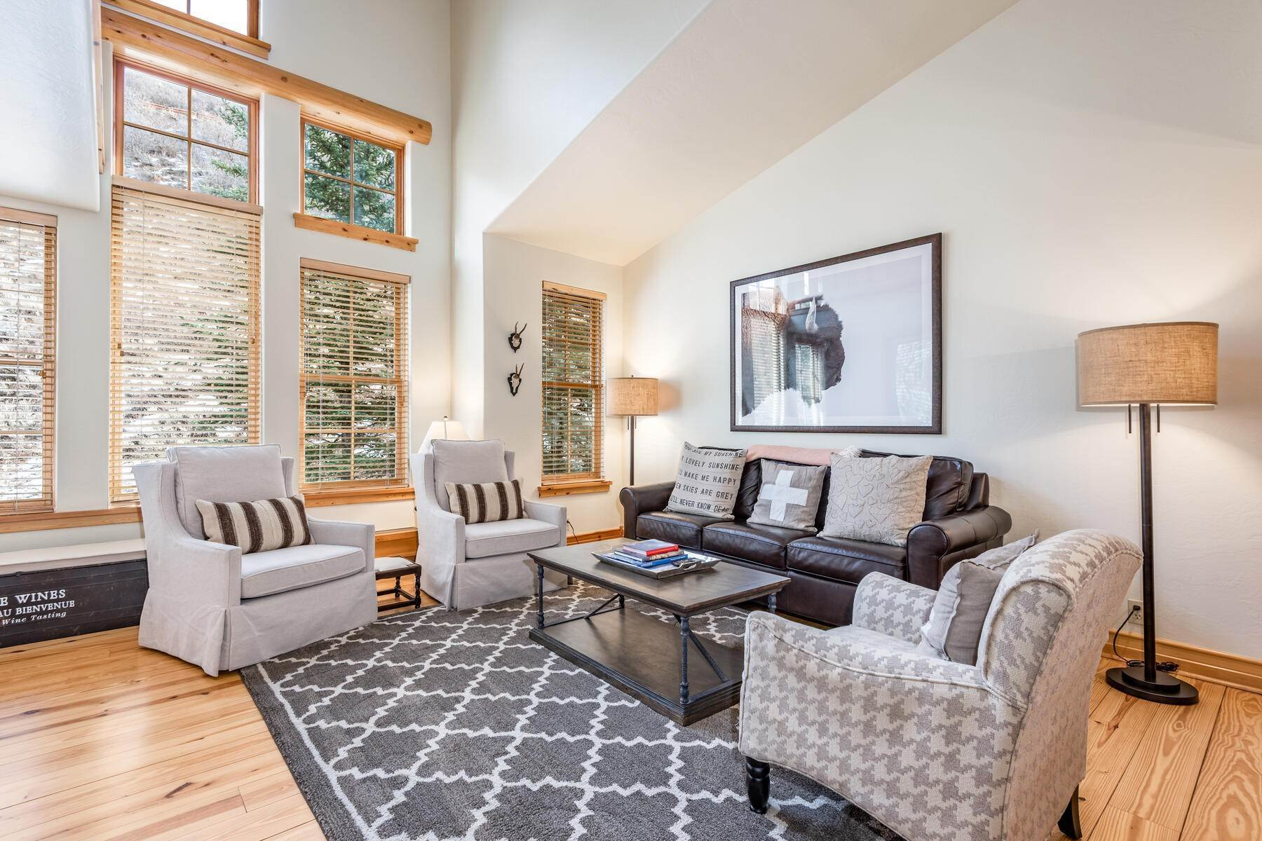 townhouses for Sale at Beautiful 3-Bedroom Lodges at Deer Valley 2900 Deer Valley Drive #C307 Park City, Utah 84060 United States