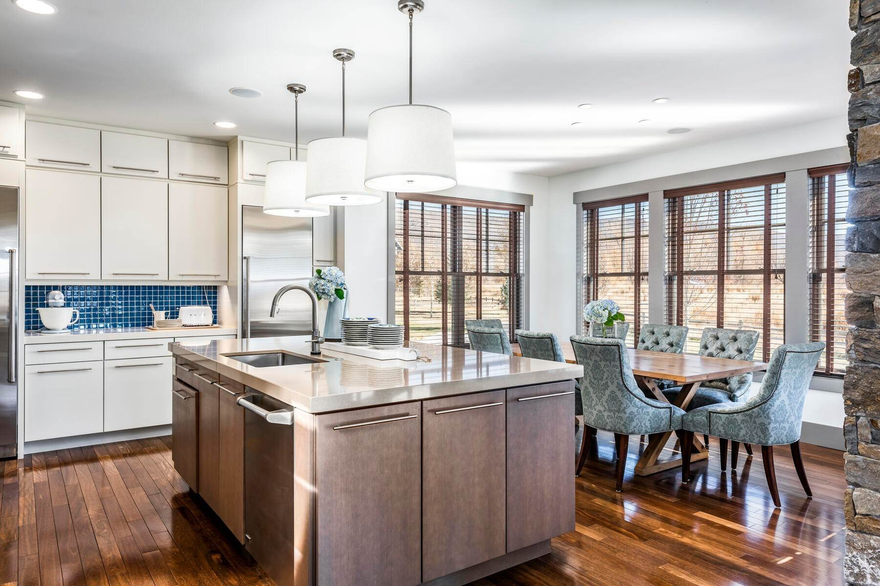 8. Single Family Homes for Sale at Picture-Perfect Contemporary Rustic Elegance on the Provo River 2370 N River Meadows Parkway Midway, Utah 84049 United States