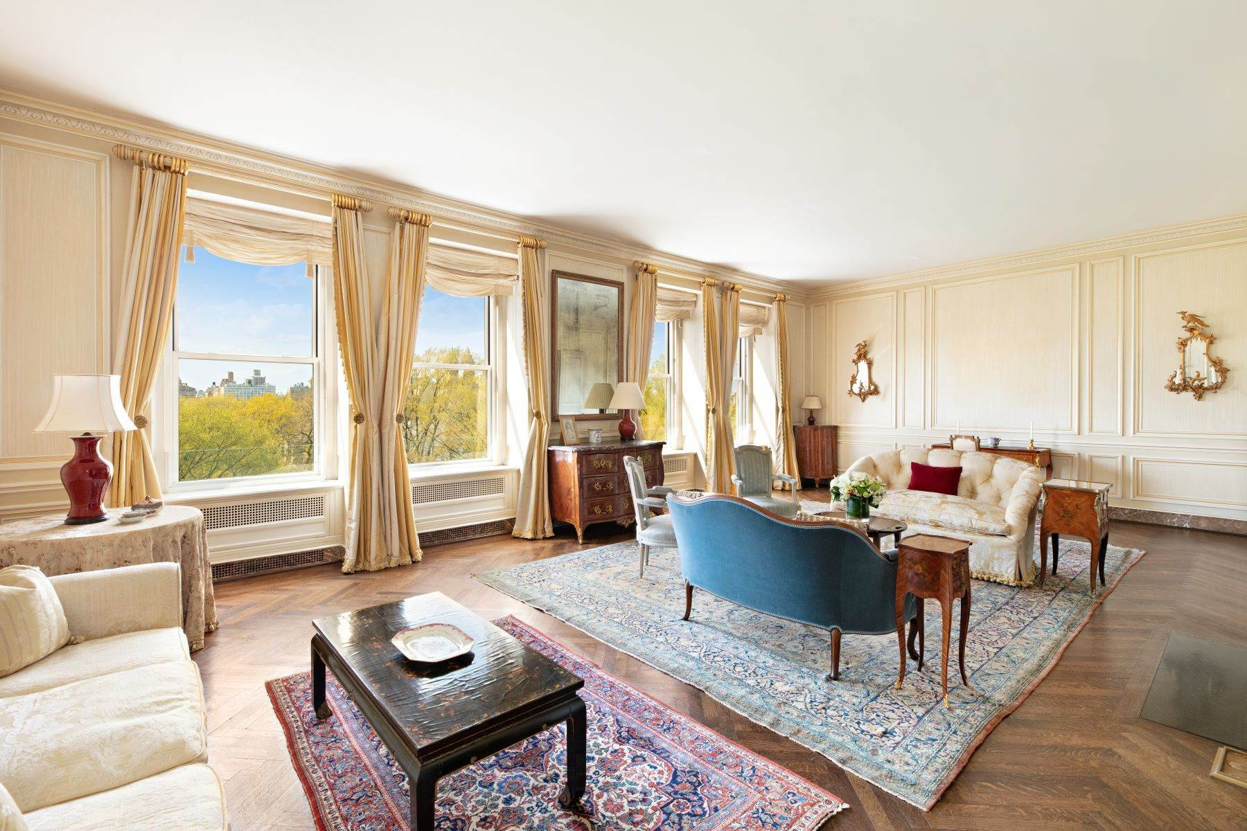 Co-op Properties for Sale at 1040 Fifth Avenue, 9/10C New York, New York 10028 United States