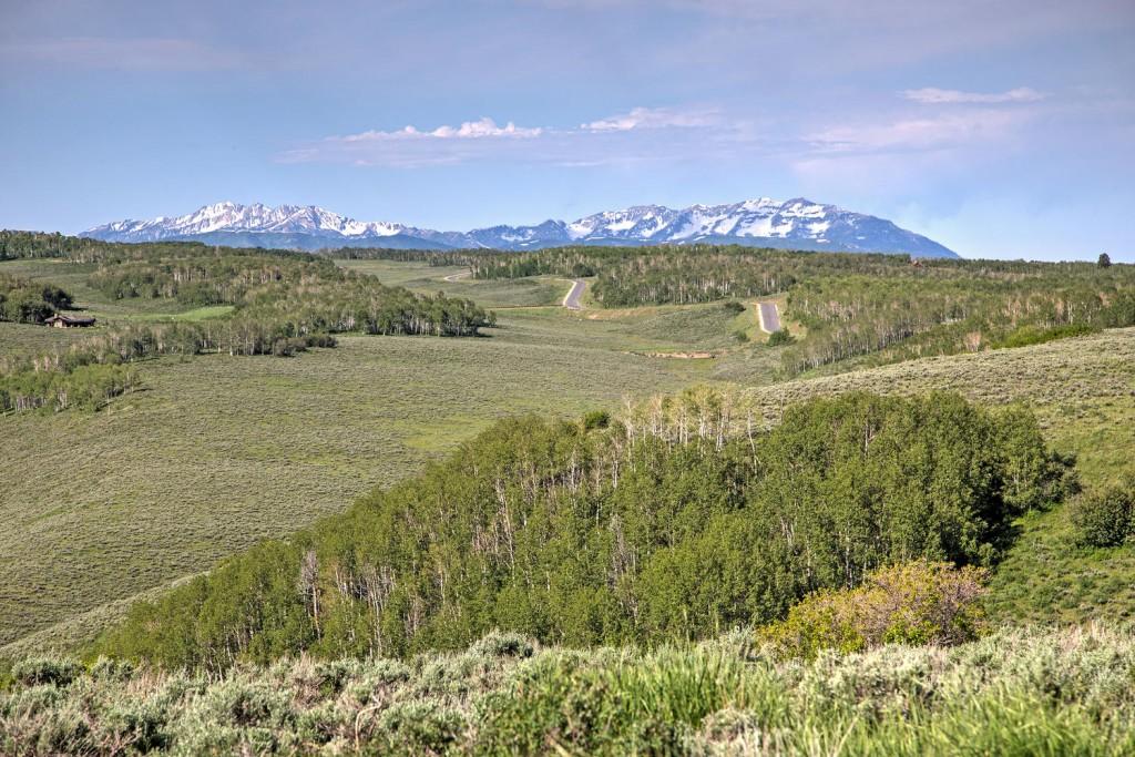 2980 N Wolf Creek Ranch Rd-large-002-51-192980NWolfCreekRanchRd19-1500x1000-72dpi