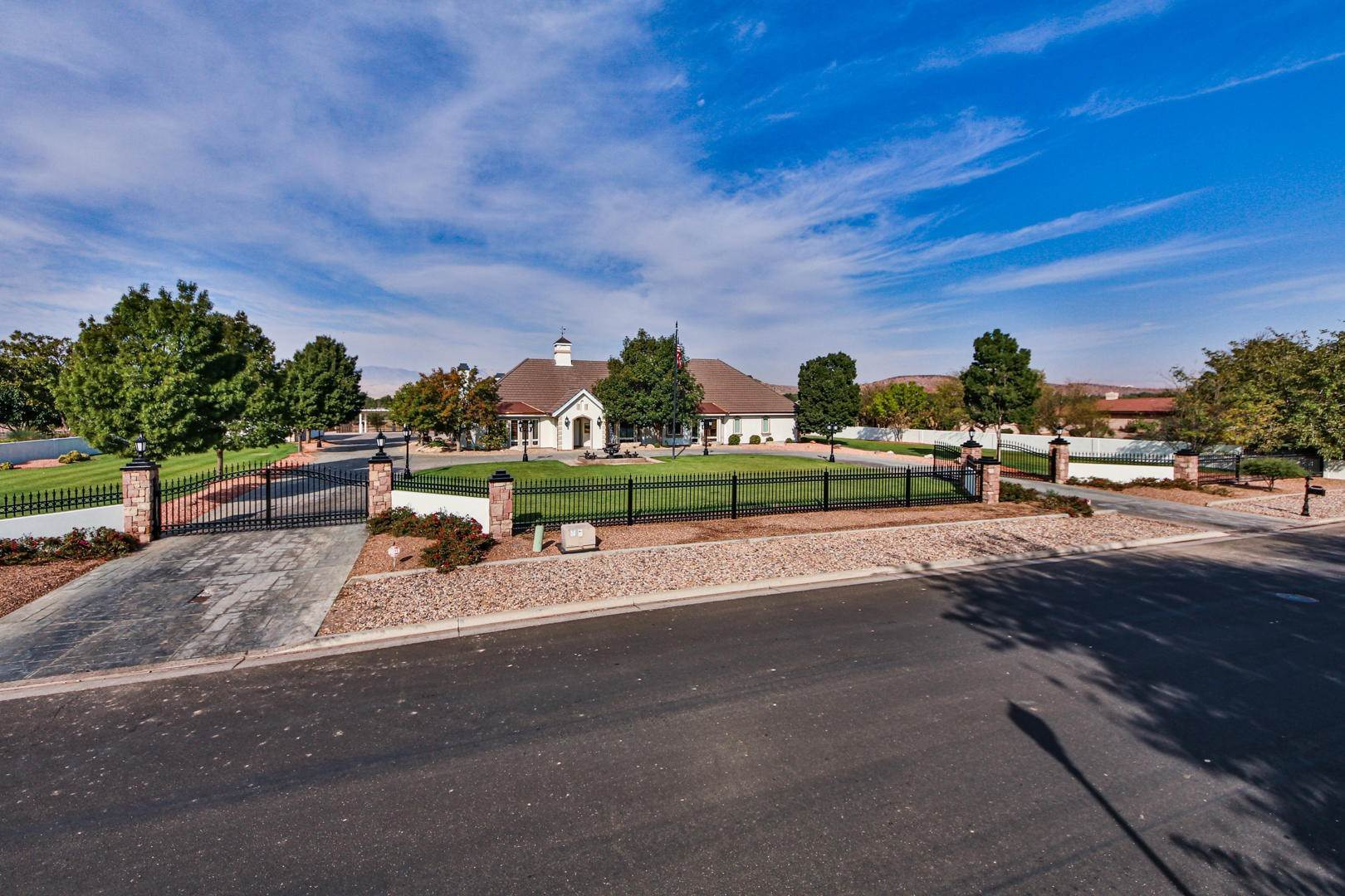 Single Family Homes for Sale at 3672 Sugar Leo St. George, Utah 84790 United States