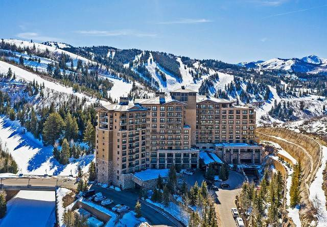 Condominiums for Sale at 2300 DEER VALLEY Drive Park City, Utah 84060 United States