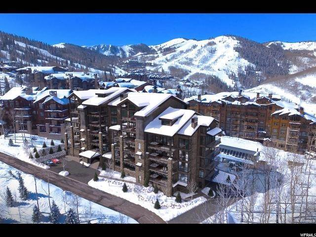 3. Condominiums for Sale at 7697 VILLAGE WAY Park City, Utah 84060 United States