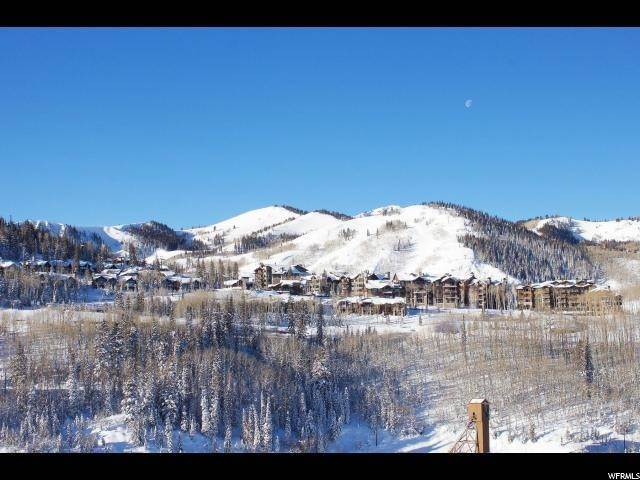 40. Condominiums for Sale at 7697 VILLAGE WAY Park City, Utah 84060 United States