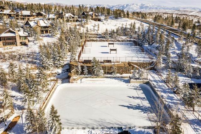 16. Twin Home for Sale at 3404 WAPITI CANYON Road Park City, Utah 84098 United States