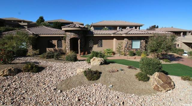 Single Family Homes for Sale at 1747 VIEW POINT Drive St. George, Utah 84790 United States