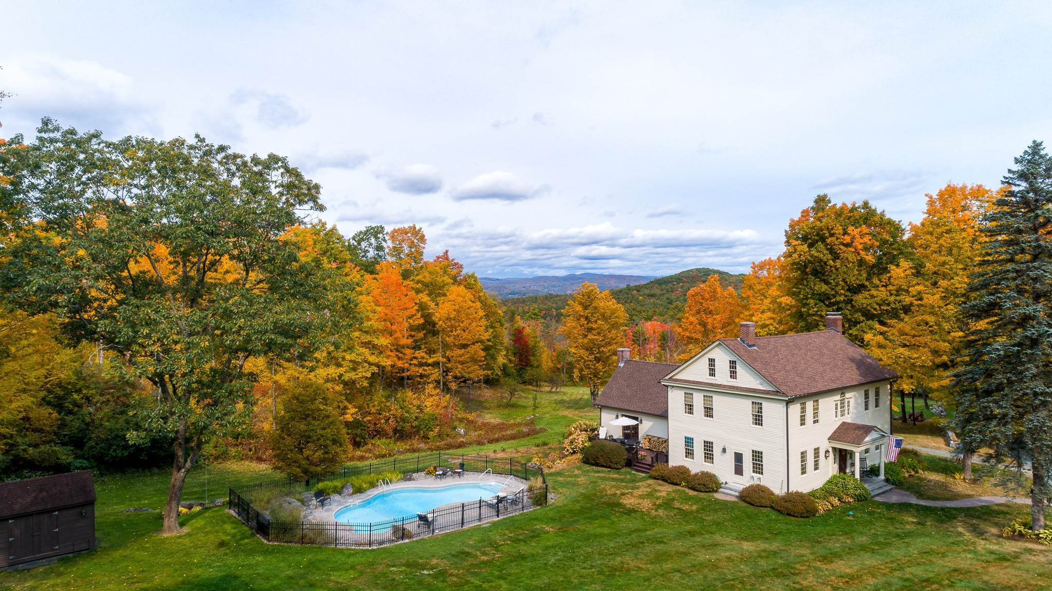 2. Single Family Homes for Sale at Spectacular Country Estate 28 Loomis Road Lebanon, New Hampshire 03766 United States