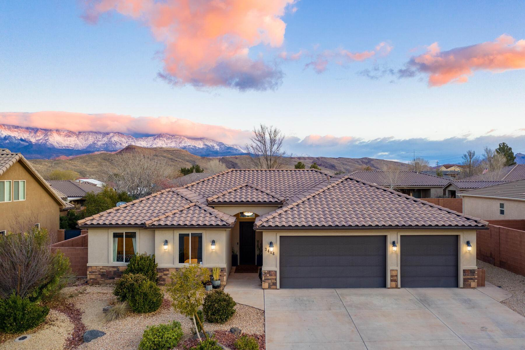 Single Family Homes for Sale at Artistically Inspired Backyard Experience Comes With An Amazing Home 3446 West 200 North Hurricane, Utah 84737 United States